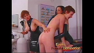 Mistress makes a first time victim sob in no time-6