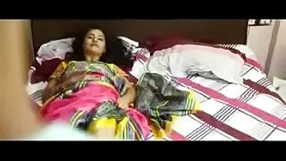 Desi aunty force to a gifted for sex